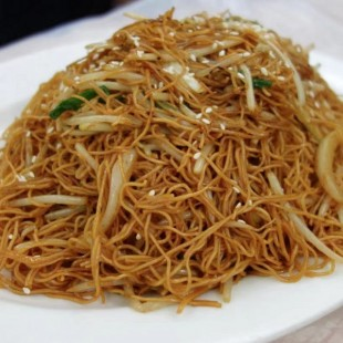 99c. Pan Fried Noodle with Bean Sprout